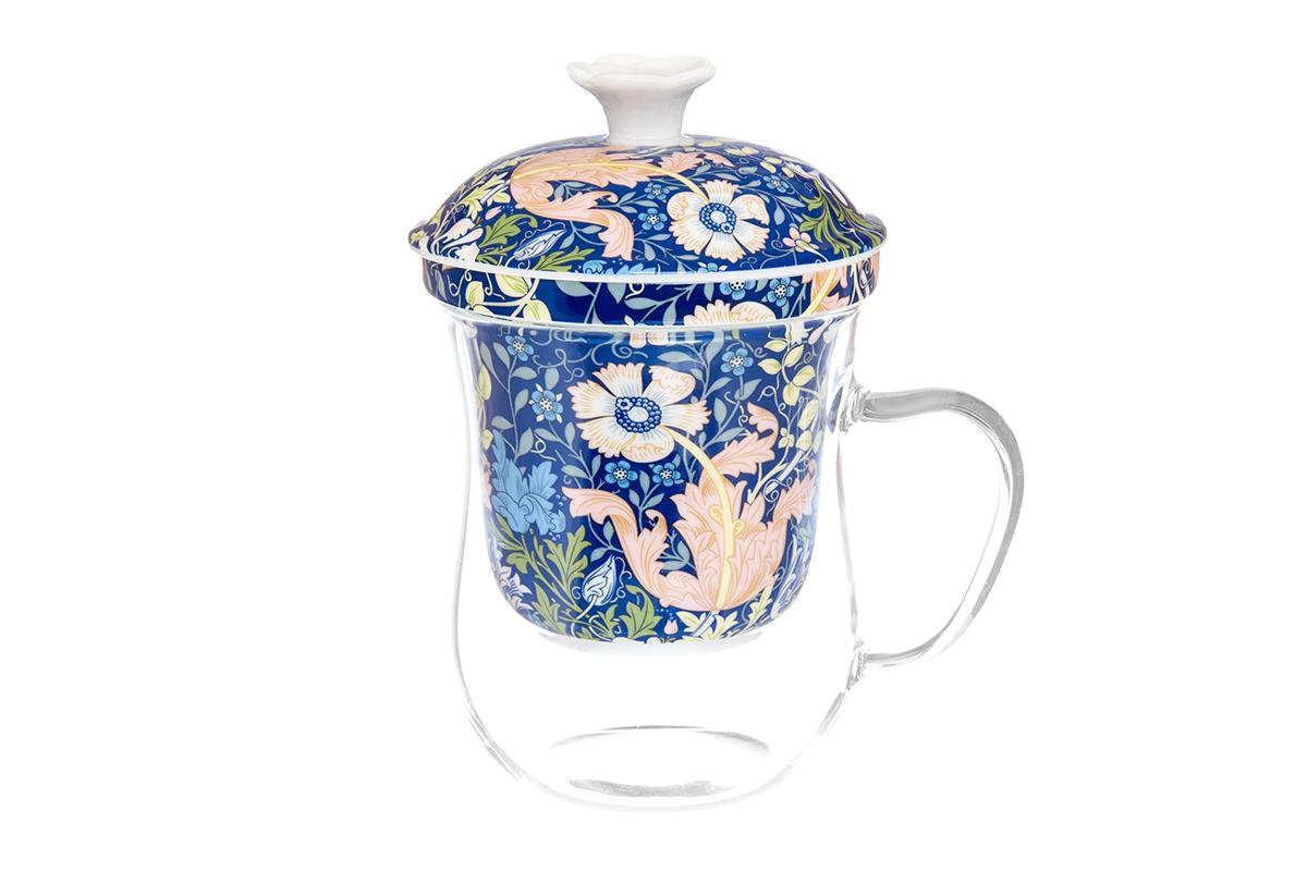 Кружка Elan Gallery New Bone China. Дивный мак, с ситом, 400 мл420124Кружка из стекла для заваривания чая. В комплекте кружка, крышка, фарфоровое сито. Изделие имеет подарочную упаковку, поэтому станет желанным подарком для Ваших близких! Не рекомендуется применять абразивные моющие средства. Объем кружки: 400 мл.