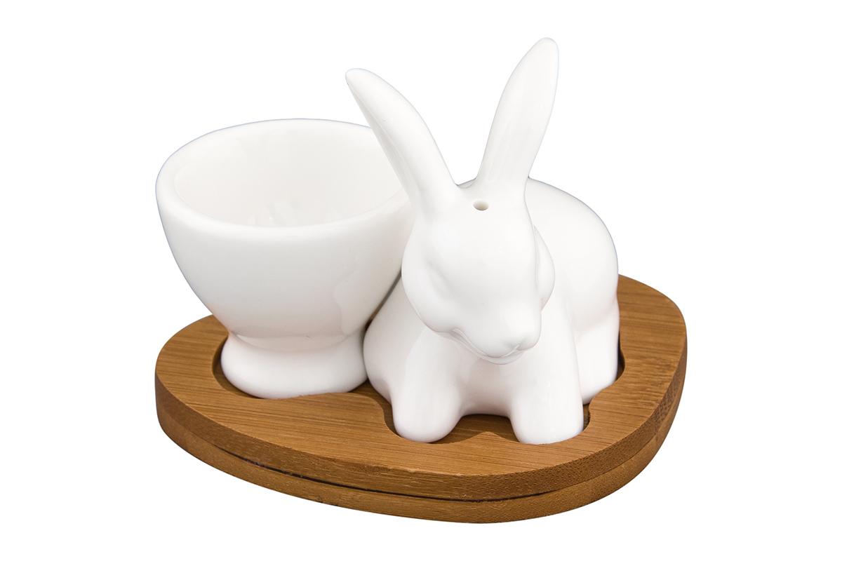 Подставка под яйцо Elan Gallery Белый кролик, с солонкой, на подставке, 20 мл540106Отличная идея для завтрака! Для настоящих ценителей традиций. Станет замечательным подарком на именины или по любому другому поводу. Размер 9,5х8х8 см. Объем солонки 25 мл.