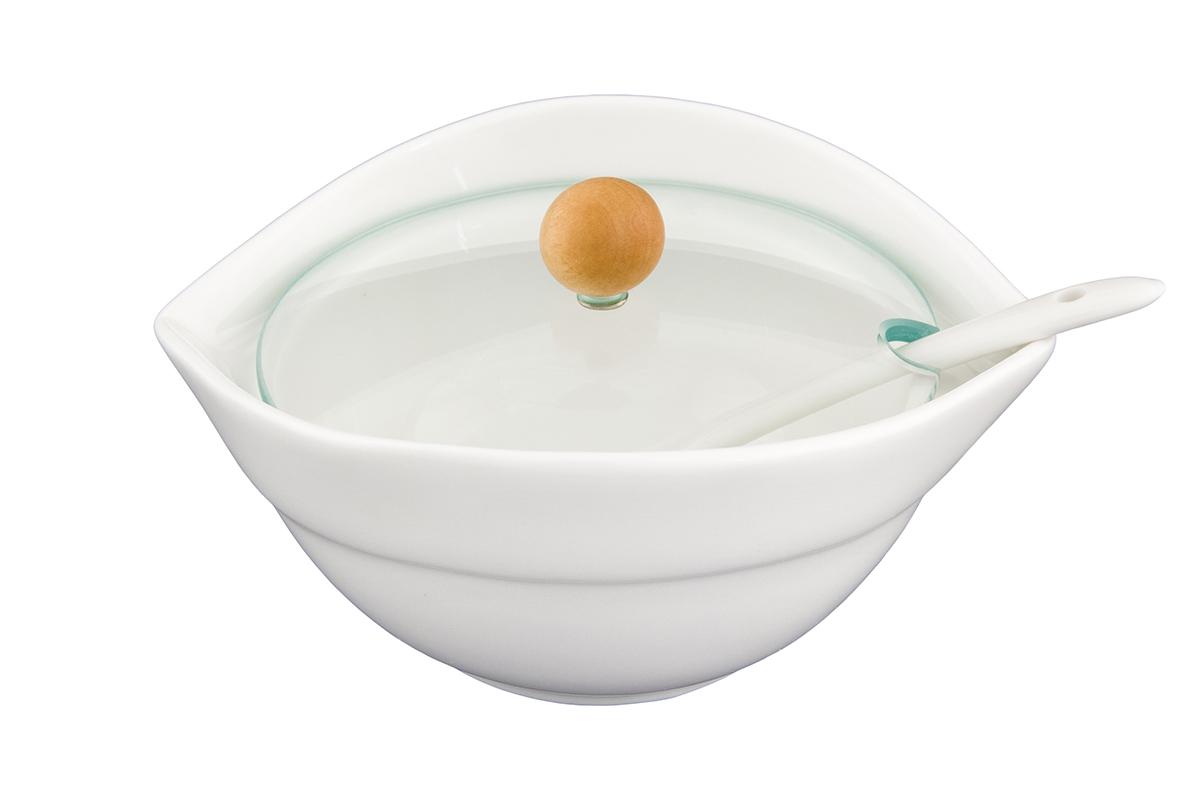 Блюдо Elan Gallery Снежная королева, с ложкой, крышкой и ручкой, 13,5 х 11,5 х 7 см540151Изящное блюдо подойдет для подачи сахара, соли, варенья, снеков или соусов. Оригинально украсит ваш стол и станет прекрасным дизайнерским решением. Владение искусством кулинарии — это умение не только вкусно готовить, но и красиво преподносить кулинарные шедевры. Очень важную роль играет, конечно же, посуда. Именно она является обрамлением блюда, его гармоничным продолжением. Посуда должна красиво дополнять пищу, подчеркивать ее аппетитность, изысканность и отменный вкус самой хозяйки. Объем блюда: 260 мл.