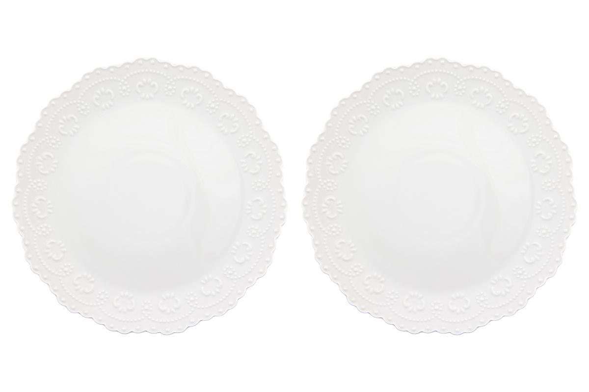 Набор тарелок Elan Gallery Узор, цвет: белый, диаметр 28 см, 2 шт540156У Вас намечается небольшое торжество - используйте набор из 2 обеденных тарелок. Они не займут много места на столе. Тарелки из серии Белый узор станут украшением Вашего стола. Изделие имеет подарочную упаковку. Размер 28х28х2,5 см.