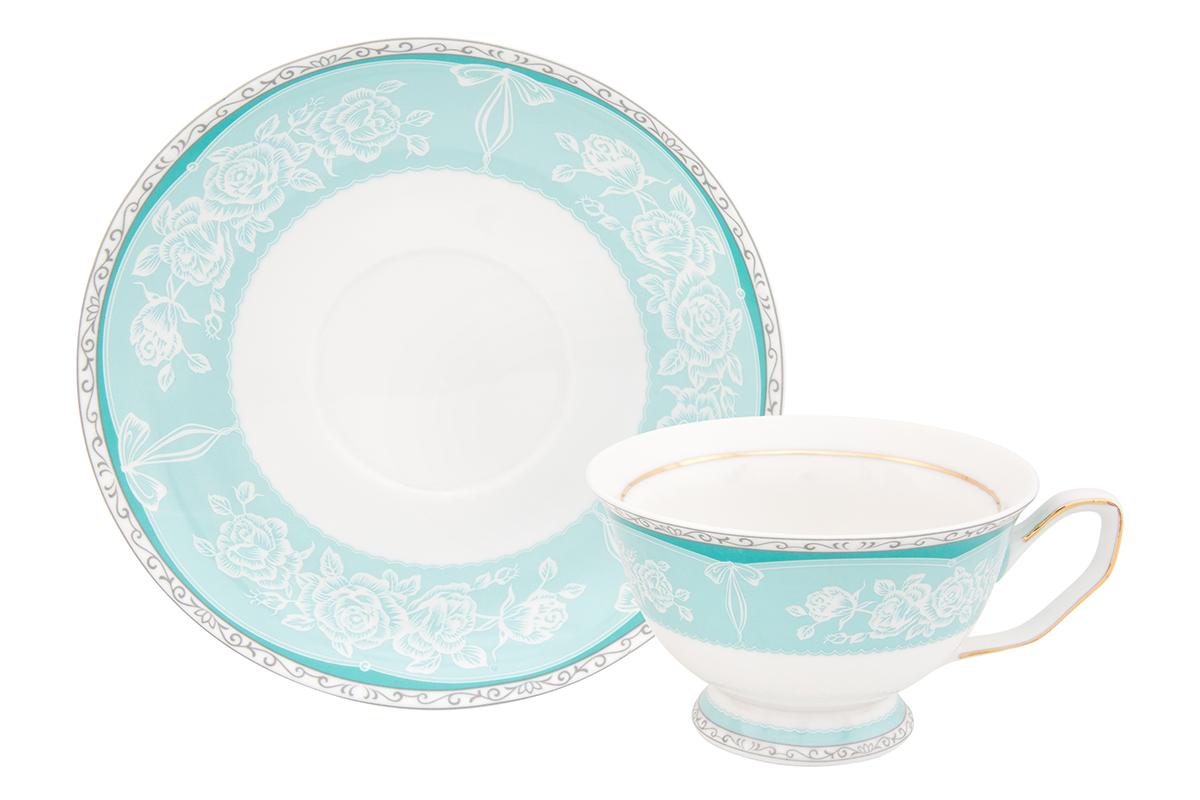 Чайная пара Elan Gallery Узор, цвет: бирюзовый, 2 предмета730602Шикарная чайная пара на 1 персону в нежных тонах станет памятным подарком. В комплекте 1 чашка на ножке объемом 200 мл, 1 блюдце. Изделие имеет прозрачную подарочную упаковку с бантиком, поэтому станет желанным подарком для Ваших близких, коллег и друзей!