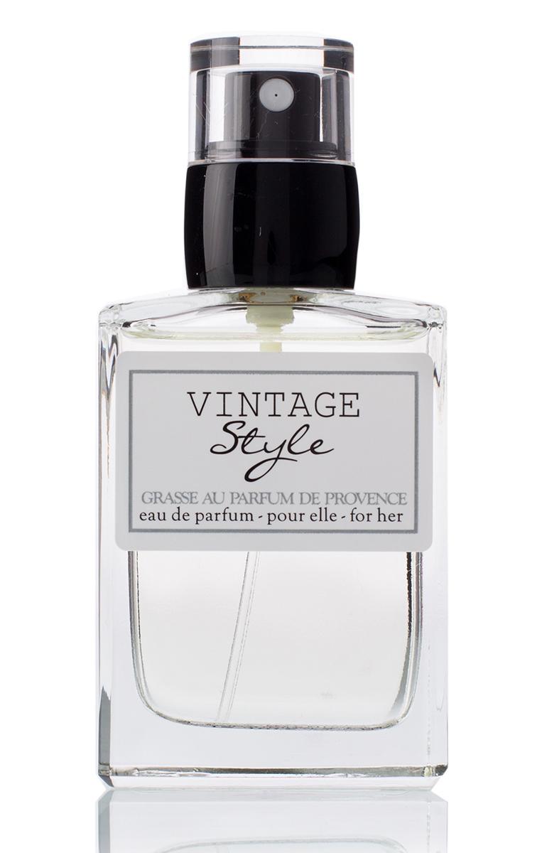 Grasse Au Parfum Парфюмерная вода Vintage Style 30 млGW5Женственный, очаровывающий и стильный аромат для леди, обожающей моду прошлого века. Нежная и элегантная, она идеально передает силу и хрупкость женственности.