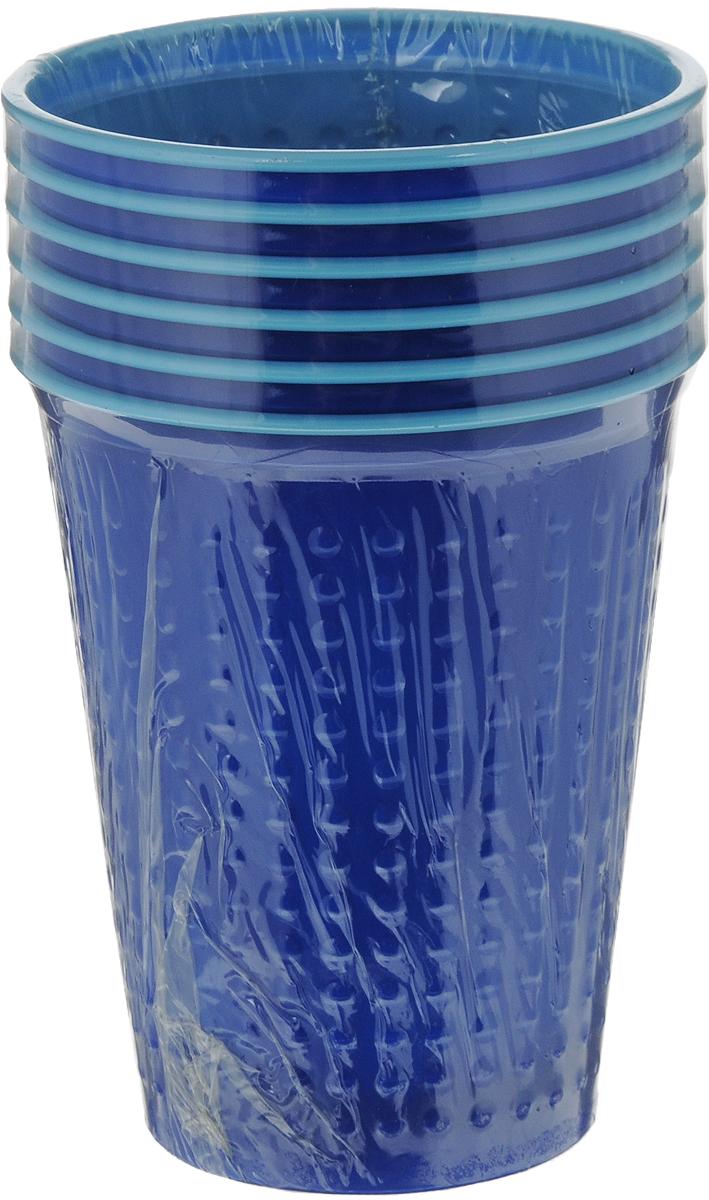 Набор одноразовых стаканов Buffet BiColor, цвет: альпийская черника, 200 мл, 6 шт181103Набор Buffet BiColor состоит из 6 стаканов, выполненных из полистирола и предназначенных для одноразового использования. Одноразовые стаканы будут незаменимы при поездках на природу, пикниках и других мероприятиях. Они не займут много места, легки и самое главное - после использования их не надо мыть. Диаметр стакана (по верхнему краю): 7 см. Высота стакана: 8,3 см. Объем: 200 мл.