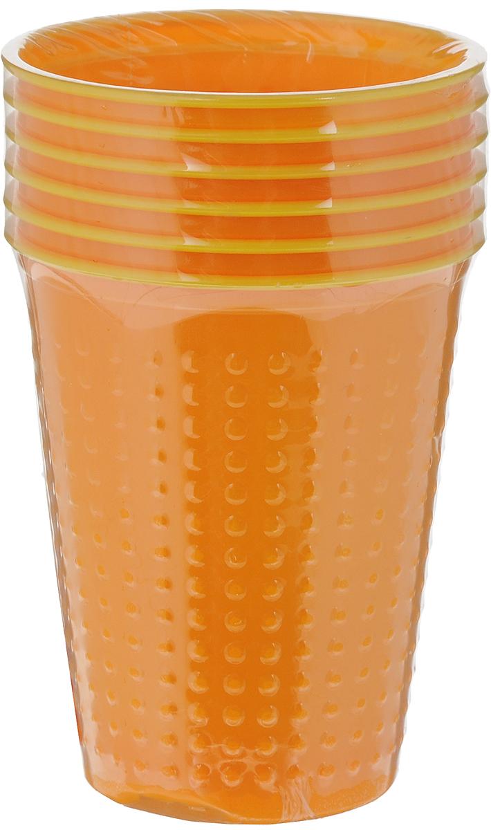 Набор одноразовых стаканов Buffet BiColor, цвет: бразильский апельсин, 200 мл, 6 шт181100Набор Buffet BiColor состоит из 6 стаканов, выполненных из полистирола и предназначенных для одноразового использования. Одноразовые стаканы будут незаменимы при поездках на природу, пикниках и других мероприятиях. Они не займут много места, легки и самое главное - после использования их не надо мыть. Диаметр стакана (по верхнему краю): 7 см. Высота стакана: 8,3 см. Объем: 200 мл.