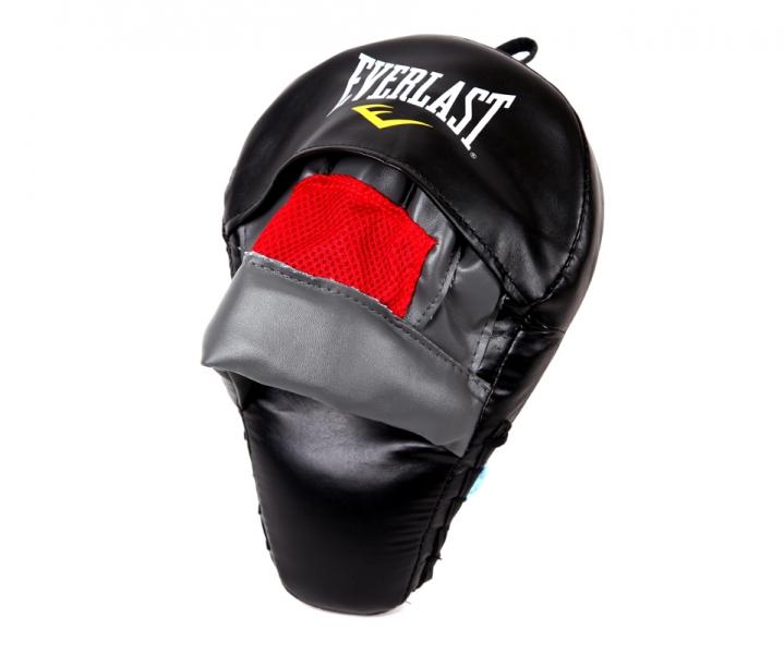 Лапа боксерская Everlast MMA Mantis Mitt, цвет: черный7408BЛапа MMA Mantis Mitt предназначена для отработки ударов при занятиях Смешанными Боевыми Искусствами (MMA). Дизайн в виде лапы богомола и пористый пенный наполнитель удачно сочетаются между собой, полностью защищая руку и обеспечивая максимум комфорта. Высококачественный кожезаменитель наряду с грамотной конструкцией лапы, гарантируют прочность и долговечность. Продается поштучно, с креплением для руки.