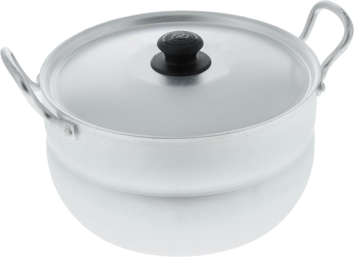 Кастрюля Калитва с крышкой, 3 л. 10301030Кастрюля Калитва изготовлена из высококачественного листового матового алюминия. Посуда быстро и равномерно нагревается. Еда в ней томится, а не жарится, что придает пище особый вкус. Кастрюля удобна для жарки мяса, запекания индейки или курицы, тушения овощей. Утолщенные стенки корпуса и дна исключают любой тип деформации: от перегрева, падения, долгого использования. Кастрюля оснащена удобной крышкой с пластиковой ручкой. Подходит для газовых и электрических плит. Высота стенки: 11 см. Ширина (с учетом ручек): 26 см.