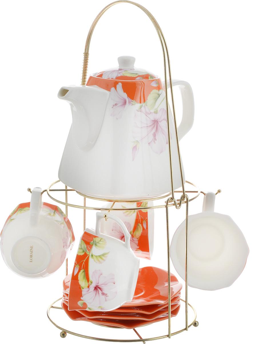 Набор чайный Loraine, на подставке, 10 предметов. 2473924739Чайный набор Loraine состоит из 4 чашек, 4 блюдец, заварочного чайника и подставки. Посуда изготовлена из качественной глазурованной керамики и оформлена изображением цветов. Блюдца и чашки имеют необычную фигурную форму. Все предметы располагаются на удобной металлической подставке с ручкой. Элегантный дизайн набора придется по вкусу и ценителям классики, и тем, кто предпочитает современный стиль. Он настроит на позитивный лад и подарит хорошее настроение с самого утра. Чайный набор Loraine идеально подойдет для сервировки стола и станет отличным подарком к любому празднику. Можно использовать в СВЧ и мыть в посудомоечной машине. Объем чашки: 250 мл. Размеры чашки (по верхнему краю): 8,7 х 9 см. Высота чашки: 6,2 см. Диаметр блюдца: 14 см. Высота блюдца: 1,5 см. Объем чайника: 1,1 л. Размер чайника (без учета ручки и носика): 13 х 13 х 13 см. Размер подставки: 18 х 18 х 37 см.