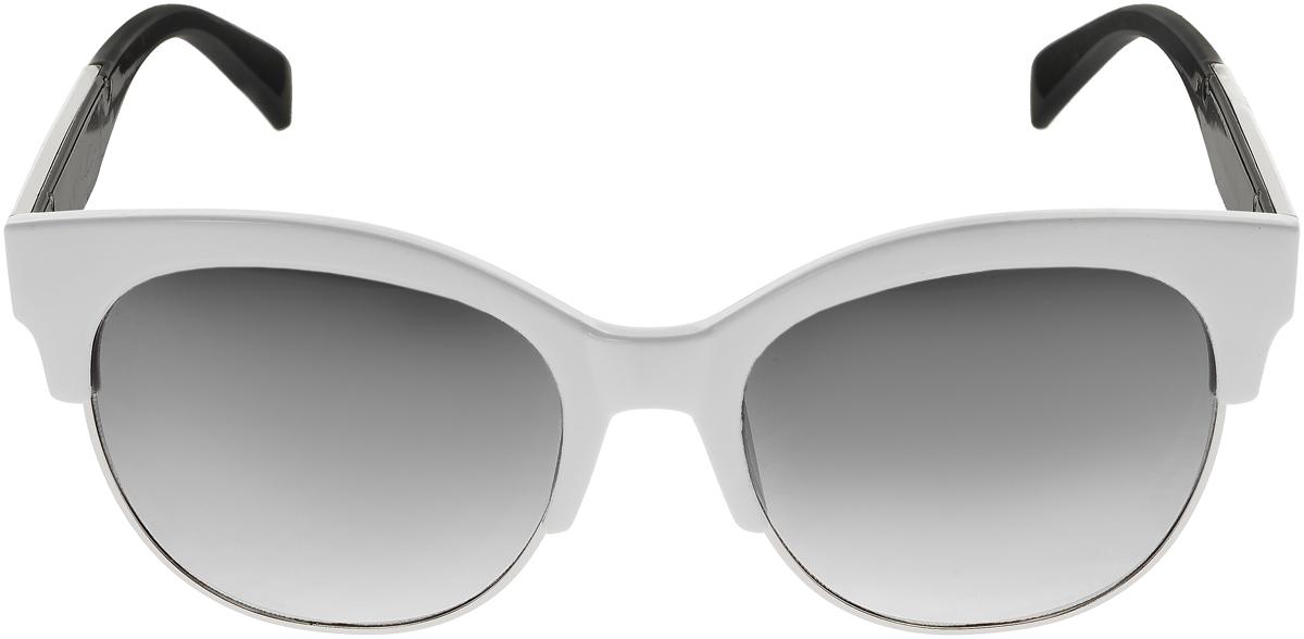 Очки солнцезащитные женские Vittorio Richi, цвет: белый, черный. OC1972с6/17fOC1972с6/17fСолнцезащитные очки Vittorio Richi выполнены из высококачественного пластика и металла. Пластик используемый при изготовлении линз не искажает изображение, не подвержен нагреванию и вредному воздействию солнечных лучей. Оправа очков легкая, прилегающей формы и поэтому обеспечивает максимальный комфорт. Такие очки защитят глаза от ультрафиолетовых лучей, подчеркнут вашу индивидуальность и сделают ваш образ завершенным.