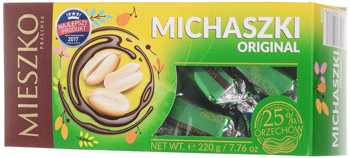 Mieszko Михашки с арахисом набор шоколадных конфет, 220 г15947Конфеты Mieszko Михашки - приятное лакомство с начинкой пралине, со вкусом арахиса, покрытое шоколадной. В конфетах соединились два излюбленных лакомства мира сладостей: изысканная начинка и качественный шоколад. Это лакомство понравится всем тем, кто предпочитает чистые классические вкусы.