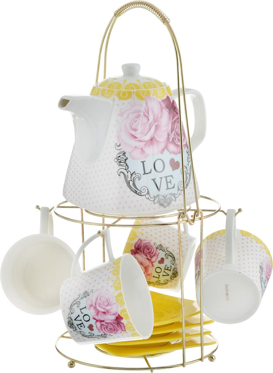 Набор чайный Loraine, на подставке, 10 предметов. 2473124731Чайный набор Loraine состоит из 4 чашек, 4 блюдец, заварочного чайника и подставки. Посуда изготовлена из качественной глазурованной керамики и оформлена изображением цветов. Блюдца и чашки имеют необычную фигурную форму. Все предметы располагаются на удобной металлической подставке с ручкой. Элегантный дизайн набора придется по вкусу и ценителям классики, и тем, кто предпочитает современный стиль. Он настроит на позитивный лад и подарит хорошее настроение с самого утра. Чайный набор Loraine идеально подойдет для сервировки стола и станет отличным подарком к любому празднику. Можно использовать в СВЧ и мыть в посудомоечной машине. Объем чашки: 250 мл. Размеры чашки (по верхнему краю): 8,5 х 8,2 см. Высота чашки: 7,5 см. Диаметр блюдца: 14 см. Высота блюдца: 1,5 см. Объем чайника: 1,1 л. Размер чайника (без учета ручки и носика): 13 х 13 х 13 см. Размер подставки: 18 х 18 х 37 см.
