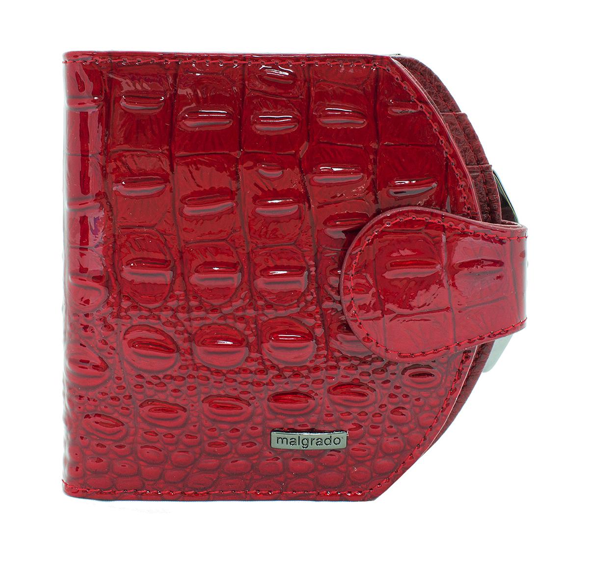 Кошелек женский Malgrado, цвет: красный. 41007-0170141007-01701# Red Кошелек Сред. MalgradoСтильный кошелек Malgrado изготовлен из натуральной кожи красного цвета высшего качества с тиснением под рептилию. Внутри два глубоких кармана для купюр, три кармашка для визиток, один пластиковый кармашек для фото. Сзади расположен карман на защелке для мелочи. Кошелек закрывается хлястиком на кнопку. Кошелек упакован в коробку из плотного картона с логотипом фирмы. Такой кошелек станет замечательным подарком человеку, ценящему качественные и практичные вещи.