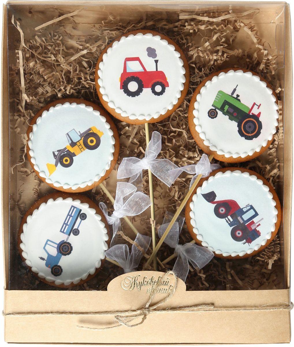 Жуковский пряник Подарочный набор Едет трактор по полям, 5 шт00-00002403Медово-имбирный пряник с росписью из айсинга, фотопечатью на сахарной бумаге. Отличный подарок для любимых. Без ГМО.