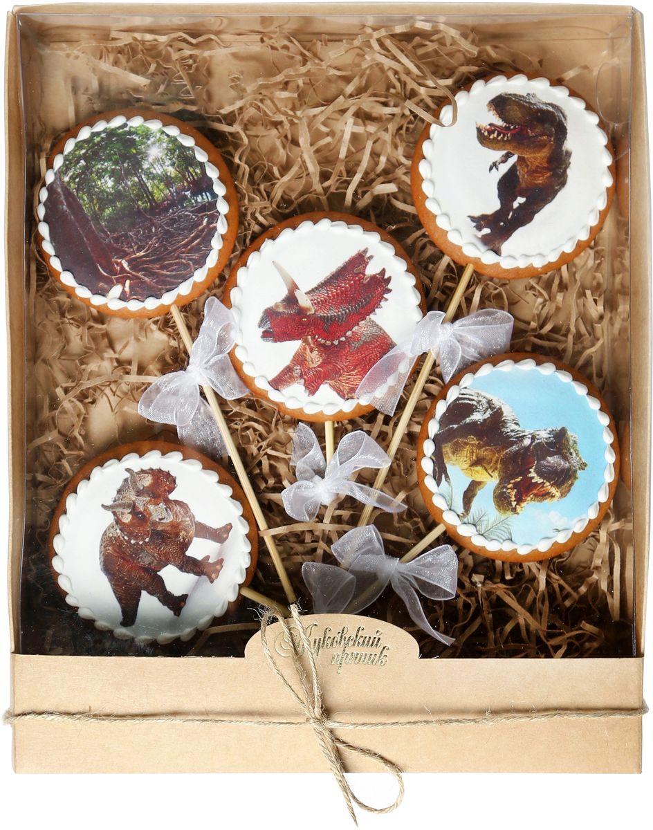 Жуковский пряник Подарочный набор Сладкий дино, 5 шт00-00002404Медово-имбирный пряник с росписью из айсинга, фотопечатью на сахарной бумаге. Отличный подарок для любимых. Без ГМО.