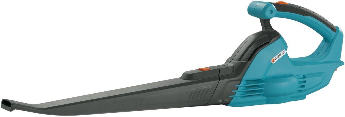 Воздуходув аккумуляторный Gardena AccuJet 18-Li, без аккумулятора09335-55.000.00Легкий и простой в эксплуатации AccuJet Li-18 - превосходный инструмент для сдувания листвы и удаления небольшого мусора быстро и без лишних усилий. Мягкая накладка на рукоятке обеспечивает удобный хват. Компактные размеры упрощают хранение инструмента. В комплект поставки не входит аккумулятор.
