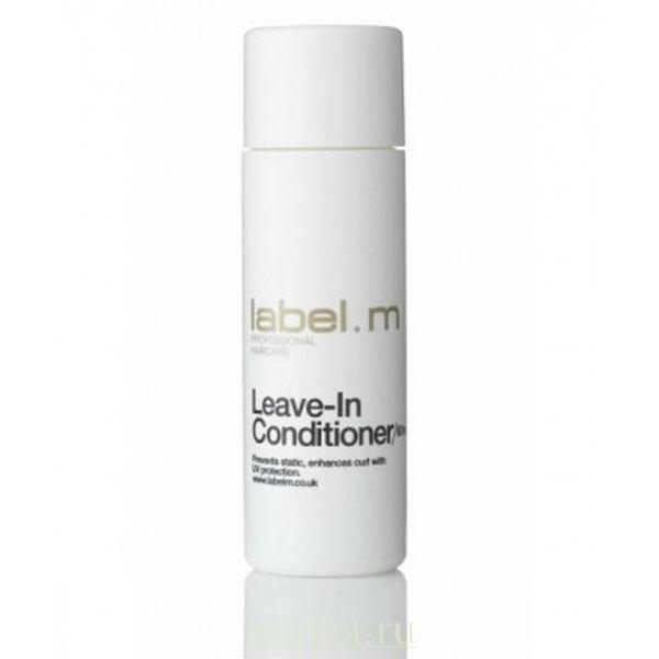 Label.m Кондиционер контроль 60 млLCLI0060Разглаживает и укрепляет волосы любого типа. Нейтрализует статическое электричество, защищает от УФ лучей. Имбирь, женьшень, бергамот, можжевельник, мандарин и ваниль укрощают непослушные завитки и предотвращают сечение кончиков волос. Эксклюзивный комплекс Enviroshield защищает волосы от термического воздействия во время укладки и от УФ лучей. Рекомендуется как предварительная обработка перед стрижкой.