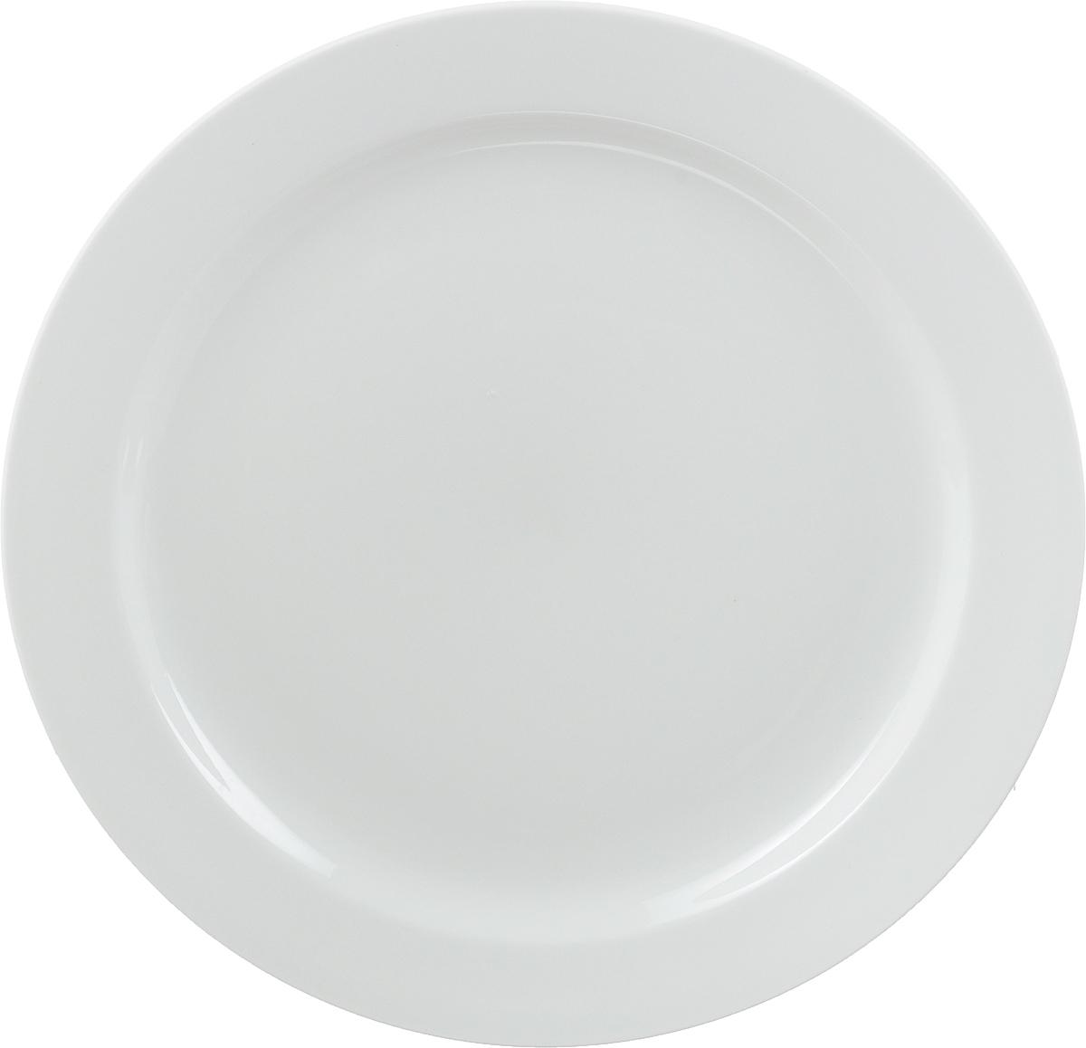 Тарелка мелкая Ariane Прайм, диаметр 27 смAPRARN17027Мелкая тарелка Ariane Прайм, изготовленная из высококачественного фарфора, имеет классическую круглую форму с узким бортом. Такая тарелка отлично подойдет в качестве блюда для сервировки закусок, нарезок, горячих блюд. Изделие прекрасно впишется в интерьер вашей кухни и станет достойным дополнением к кухонному инвентарю. Тарелка Ariane Прайм подчеркнет прекрасный вкус хозяйки и станет отличным подарком. Можно мыть в посудомоечной машине и использовать в микроволновой печи. Высота тарелки: 2 см. Диаметр тарелки: 27 см.