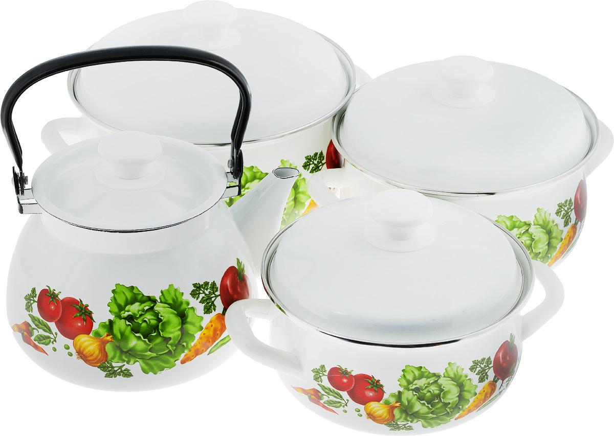 Набор посуды КМК Поварской, 7 предметовПоварскойНабор посуды КМК Поварской состоит из 3 кастрюль разного объема, 3 крышек и чайника. Изделия выполнены из качественной эмалированной стали. Эмаль защищает сталь от коррозии, придает посуде гладкую поверхность и надежно защищает от кислот и щелочей. Эмаль устойчива к пищевым кислотам, не вступает во взаимодействие с продуктами и не искажает их вкусовые качества. Прочный стальной корпус обеспечивает эффективную тепловую обработку пищевых продуктов и не деформируется в процессе эксплуатации. Внешняя поверхность изделий оформлена красочным цветочным рисунком и рецептами супов. Кастрюли и чайник снабжены стальными крышками с удобными пластиковыми ручками. Чайник имеет прочную подвижную металлическую ручку. Посуда подходит для газовых, электрических, стеклокерамических и индукционных плит. Объем кастрюль: 2 л; 3 л; 4 л. Диаметр кастрюль (по верхнему краю): 20,5 см; 23 см; 26 см. Ширина кастрюль (с учетом ручек): 26,5 см; 29 см; 32...
