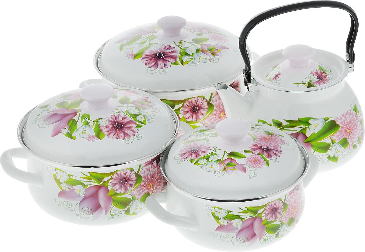 Набор посуды КМК Весна, 8 предметовВеснаНабор посуды КМК Весна, состоящий из чайника и трех кастрюль с крышками, изготовлен из высококачественной стали с эмалированным покрытием и оформлен изображением цветов. Эмалевое покрытие, являясь стекольной массой, не вызывает аллергии и надежно защищает пищу от контакта с металлом. Внутренняя поверхность идеально ровная, что значительно облегчает мытье. Покрытие устойчиво к механическому воздействию, не царапается и не сходит, а стальная основа практически не подвержена механической деформации, благодаря чему срок эксплуатации увеличивается. Кастрюли и чайник оснащены крышками, выполненными из стали с эмалированным покрытием, которые имеют удобные пластиковые ручки. Чайник оснащен стальной ручкой. Подходят для всех типов плит, включая индукционные. Можно мыть в посудомоечной машине. Высота стенок кастрюль: 9,5 см; 11 см; 12,5 см. Диаметр кастрюль (по верхнему краю): 18 см; 20 см; 23 см. Ширина кастрюль (с учетом ручек): 26 см; 28 см; 31...