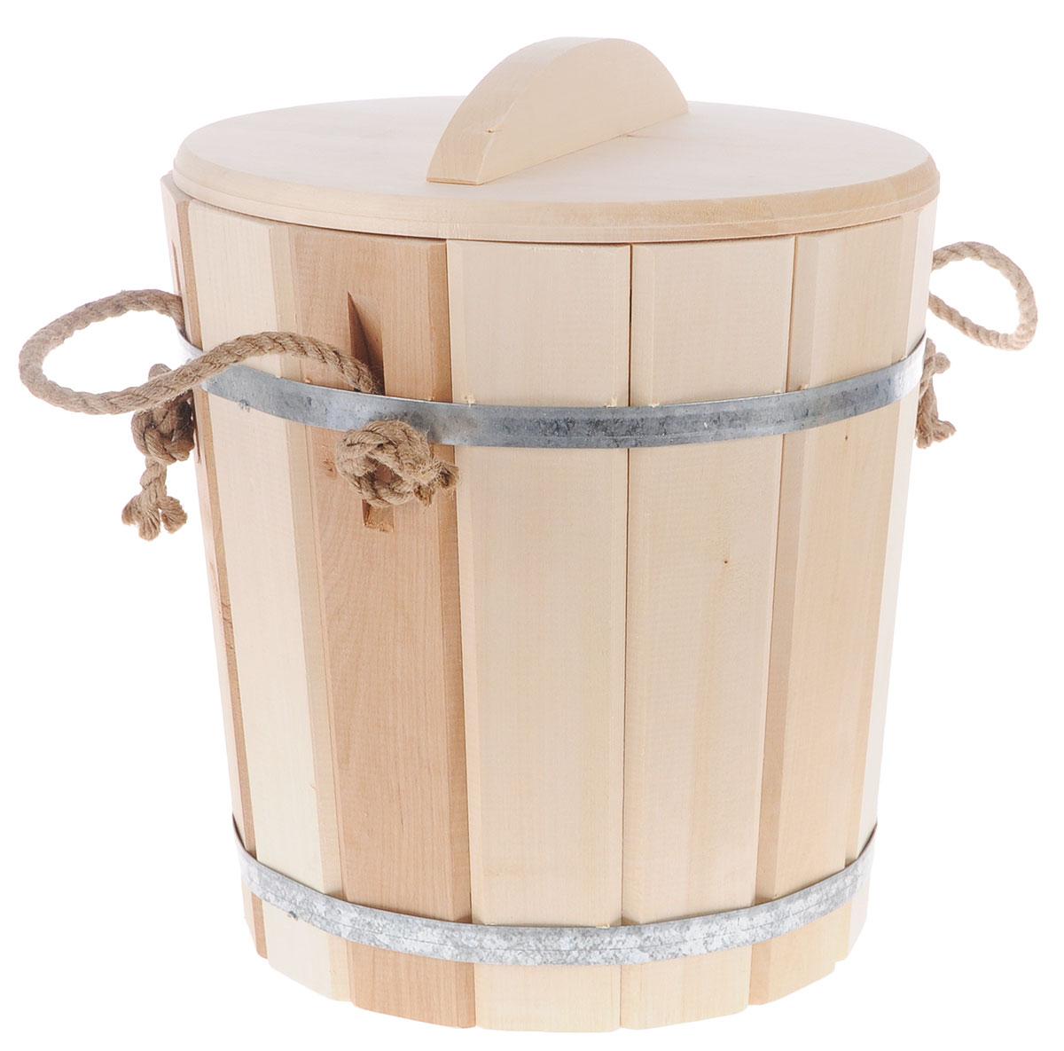 Ведро Банные штучки, с пластиковой вставкой , с крышкой, 10 л03710Деревянное ведро Банные штучки является одной из тех приятных мелочей, без которых не обойтись при принятии банных процедур. Внутренняя поверхность имеет пластиковую вставку. Для удобства использования ведро оснащено деревянной крышкой и ручкой из веревки. Ведро прекрасно подойдет для обливания, замачивания веника или других банных процедур. Интересная штука - баня. Место, где одинаково хорошо и в компании, и в одиночестве. Перекресток, казалось бы, разных направлений - общение и здоровье. Приятное и полезное. И всегда в позитиве. Характеристики: Материал: дерево (липа), металл, пластик. Объем: 10 л. Диаметр основания ведра: 24 см. Диаметр ведра по верхнему краю: 27,5 см. Высота стенок ведра: 29 см. Размер упаковки: 32 см х 32 см х 37 см. Артикул: 03710.