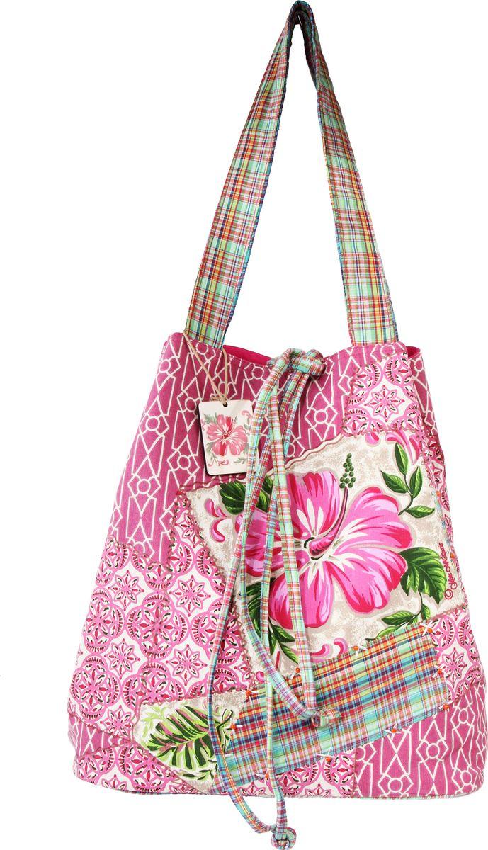 Сумка пляжная женская Ганг, цвет: розовый, мультиколор. АА8647АА8647Пляжная женская сумка Ганг выполнена из хлопковой ткани с цифровой печатью и декоративной отделкой ручной работы. Модель с одним отделением, застегивается на молнию, внутри имеется карман для мобильного телефона.