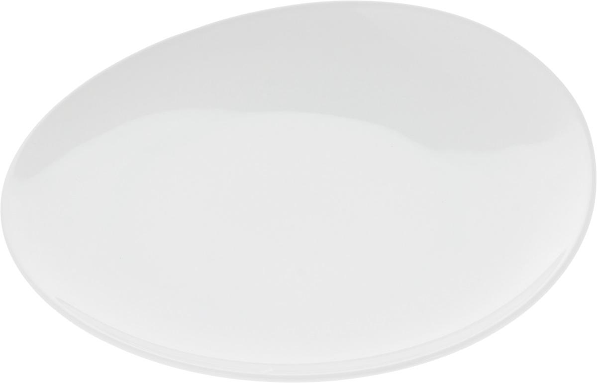 Тарелка Ariane Коуп, диаметр 27 смAVCARN111027Оригинальная тарелка Ariane Коуп изготовлена из высококачественного фарфора с глазурованным покрытием и имеет приподнятый край. Изделие круглой формы идеально подходит для сервировки закусок и других блюд. Такая тарелка прекрасно впишется в интерьер вашей кухни и станет достойным дополнением к кухонному инвентарю. Можно мыть в посудомоечной машине и использовать в микроволновой печи. Диаметр тарелки (по верхнему краю): 27 см. Максимальная высота тарелки: 4 см.