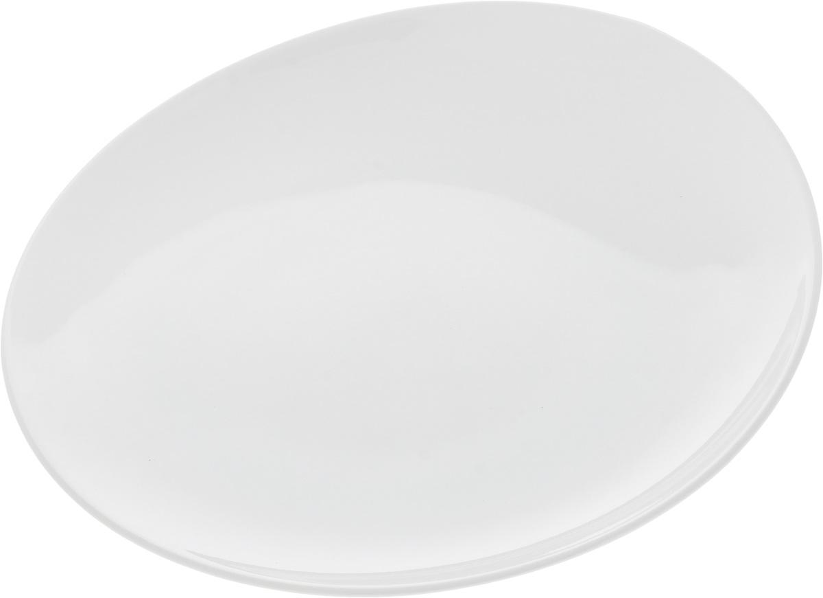 Тарелка Ariane Коуп, диаметр 18 смAVCARN111018Оригинальная тарелка Ariane Коуп изготовлена из высококачественного фарфора с глазурованным покрытием и имеет приподнятый край. Изделие круглой формы идеально подходит для сервировки закусок и других блюд. Такая тарелка прекрасно впишется в интерьер вашей кухни и станет достойным дополнением к кухонному инвентарю. Можно мыть в посудомоечной машине и использовать в микроволновой печи. Диаметр тарелки (по верхнему краю): 18 см. Максимальная высота тарелки: 2,5 см.