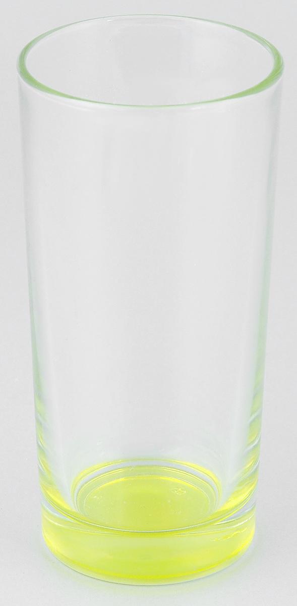 Стакан ОСЗ Лак, цвет: светло-желтый, 280 мл03с1018 ДЗ ЛЖВысокий стакан ОСЗ Лак изготовлен из высококачественного стекла, которое изысканно блестит и переливается на свету. Дно стакана окрашено. Стакан прозрачный, но при его наклоне создается оптическая иллюзия того, что и сам стакан окрашен. Такой стакан отлично дополнит вашу коллекцию кухонной утвари и порадует вас ярким необычным дизайном и практичностью. Диаметр стакана: 7 см. Высота стакана: 14 см.