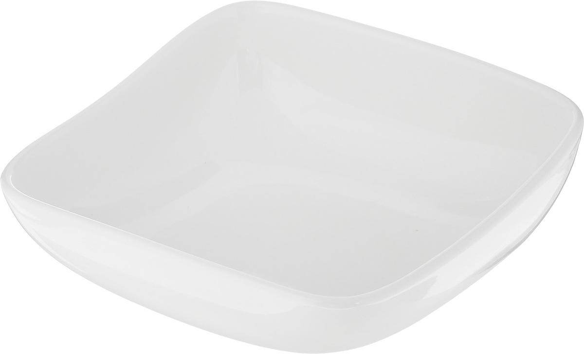 Салатник Ariane Vital Square, 400 млAVSARN22014Салатник Ariane Vital Square, изготовленный из высококачественного фарфора с глазурованным покрытием, прекрасно подойдет для подачи различных блюд: закусок, салатов или фруктов. Такой салатник украсит ваш праздничный или обеденный стол. Можно мыть в посудомоечной машине и использовать в микроволновой печи. Размер салатника (по верхнему краю): 14 х 14 см. Диаметр основания: 7 см. Высота стенки: 6 см. Объем: 400 мл.