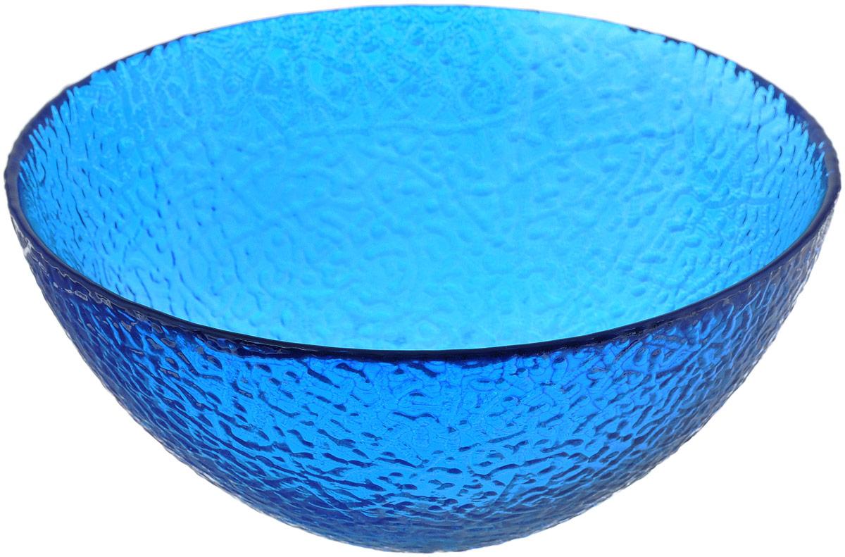 Салатник NiNaGlass Ажур, цвет: синий, диаметр 20 см83-042-Ф200 СИНСалатник NiNaGlass Ажур выполнен из высококачественного стекла и декорирован рельефным узором. Идеален для сервировки салатов, овощей и фруктов, ягод, вторых блюд, гарниров и многого другого. Он отлично подойдет как для повседневных, так и для торжественных случаев. Такой салатник прекрасно впишется в интерьер вашей кухни и станет достойным дополнением к кухонному инвентарю. Диаметр салатника (по верхнему краю): 20 см. Высота стенки: 9 см.