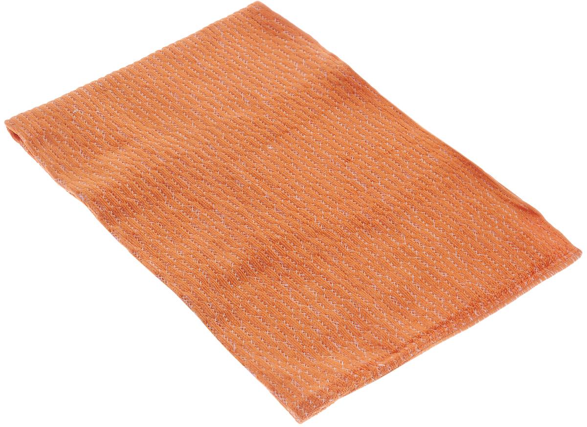 Тряпка из микрофибры VANI Мини-подушечки, супервпитывающая, 50 х 70 смV 0130_оранжевыйПростеганная тряпка VANI Мини-подушечки, выполненная из микрофибры (100% полиэстер), подходит для уборки всех видов поверхностей. Мини-подушечки - специальная обработка ткани для повышенной впитываемости влаги. Материал микрофибра обладает уникальными свойствами: - нить имеет миллионы клинообразных волокон, способных собирать мельчайшие частицы пыли; - нить в десятки раз тоньше нити обычной ткани; - ткань из микрофибры имеет эффект губки и впитывает гораздо больше воды, чем обычная ткань. Тряпку можно эффективно использовать как во влажном, так и в сухом виде. Материал микрофибра, имея внутренний статический заряд, притягивает и удерживает микроскопическую пыль. Тряпка износостойкая, не оставляет разводов. Возможно стирка в стиральной машине.