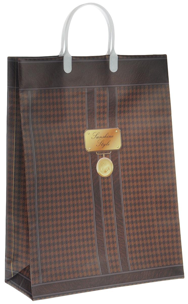 Пакет подарочный Bello, цвет: темно-коричневый, коричневый, белый, 32 х 10 х 42 см. BAL 101BAL 101_белые ручкиПодарочный пакет Bello, изготовленный из пищевого полипропилена, станет незаменимым дополнением к выбранному подарку. Дно изделия укреплено плотным картоном, который позволяет сохранить форму пакета и исключает возможность деформации дна под тяжестью подарка. Для удобной переноски на пакете имеются две пластиковые ручки. Подарок, преподнесенный в оригинальной упаковке, всегда будет самым эффектным и запоминающимся. Окружите близких людей вниманием и заботой, вручив презент в нарядном, праздничном оформлении. Грузоподъемность: 12 кг. Морозостойкость: до -30°С.