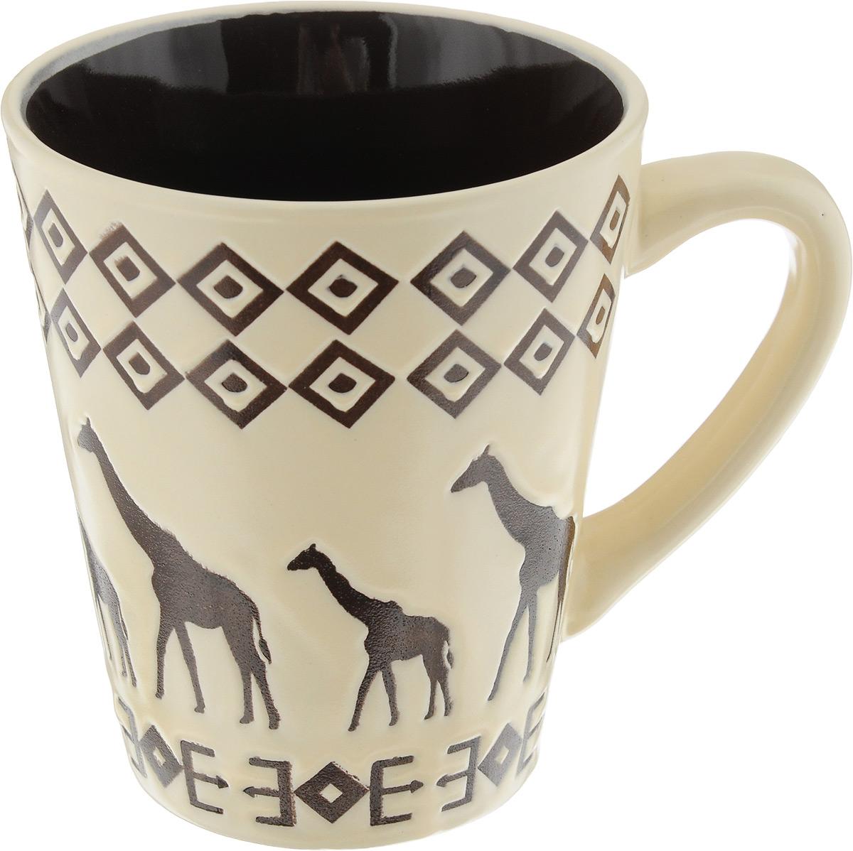 Кружка HomeStar Сафари, цвет: молочный, темно-коричневый, 355 млLJ13-3329-0128_молочныйКружка HomeStar Сафари выполнена из высококачественной керамики с глазурованным покрытием. Внешние стенки дополнены этническим принтом. Такая кружка отлично дополнит сервировку стола к чаепитию и станет отличным приобретением для кухни. Можно использовать в микроволновой печи и посудомоечной машине. Диаметр (по верхнему краю): 9 см. Высота кружки: 10,5 см.
