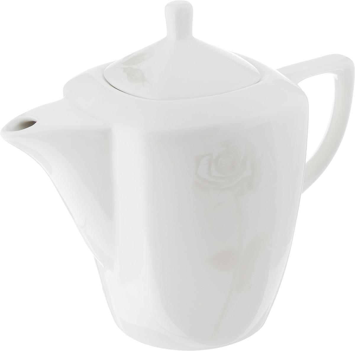 Чайник заварочный Жемчужная роза, 1,1 л216699Заварочный чайник Жемчужная роза изготовлен из высококачественного фарфора. Глазурованное покрытие обеспечивает легкую очистку. Изделие прекрасно подходит для заваривания вкусного и ароматного чая, а также травяных настоев. Оригинальный дизайн сделает чайник настоящим украшением стола. Он удобен в использовании и понравится каждому. Можно мыть в посудомоечной машине и использовать в микроволновой печи. Диаметр чайника (по верхнему краю): 7 см. Высота чайника (без учета крышки): 14 см. Высота чайника (с учетом крышки): 19 см.
