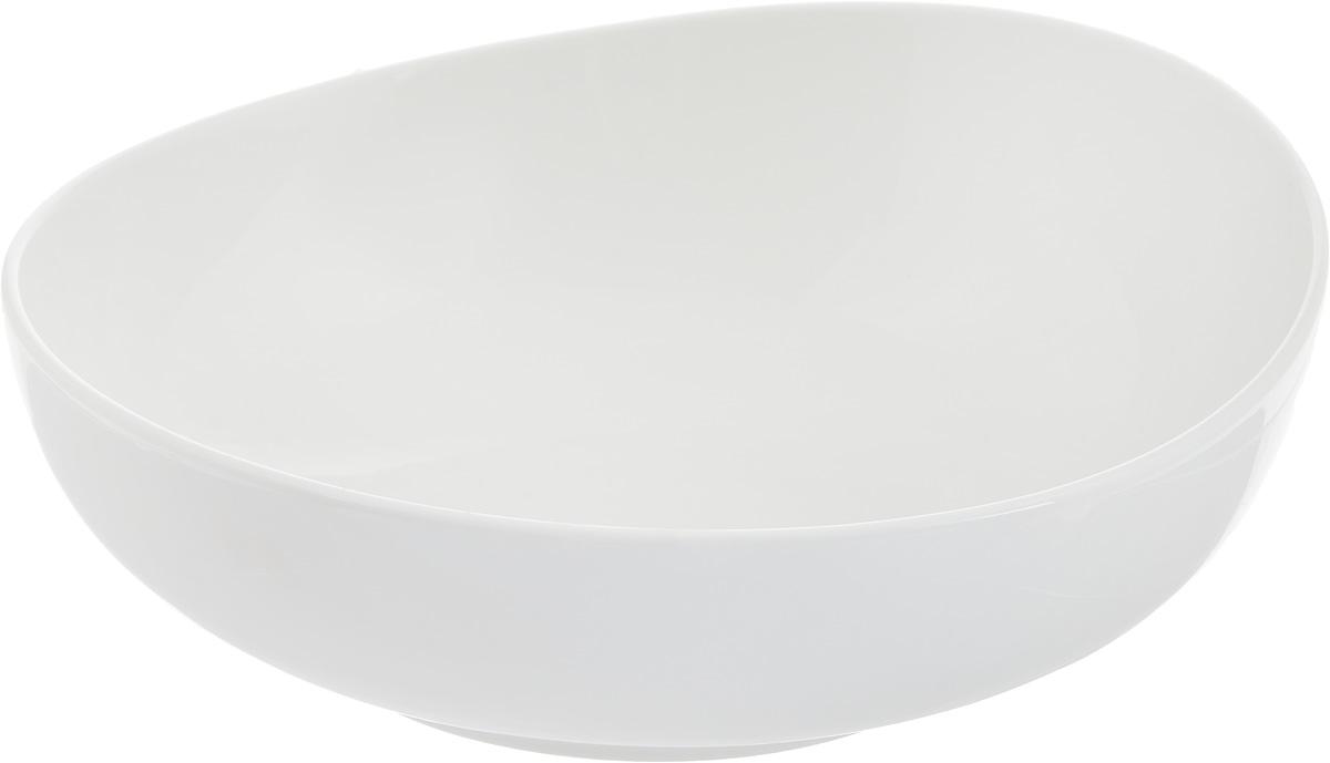 Салатник Ariane Коуп, 1 лAVCARN22021Салатник Ariane Коуп, изготовленный из высококачественного фарфора с глазурованным покрытием, прекрасно подойдет для подачи различных блюд: закусок, салатов или фруктов. Такой салатник украсит ваш праздничный или обеденный стол. Можно мыть в посудомоечной машине и использовать в микроволновой печи. Диаметр салатника (по верхнему краю): 20,5 см. Высота стенки: 7 см. Объем салатника: 1 л.