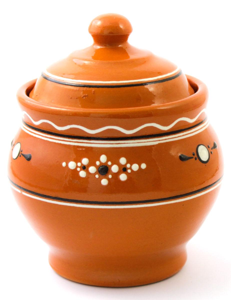 Горшок для запекания Ломоносовская керамика Горшенятко, с крышкой, 500 млЛ0726Горшок для запекания Ломоносовская керамика с крышкой выполнен из высококачественной глины. Уникальные свойства глины и толстые стенки изделия обеспечивают эффект русской печи при приготовлении блюд. Блюда, приготовленные в керамическом горшке, получаются нежными и сочными. Вы сможете приготовить мясо, сделать томленые овощи и все это без капли масла. Это один из самых здоровых способов готовки.