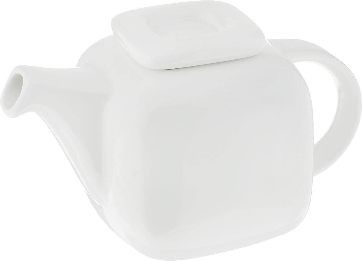 Чайник заварочный Ariane Прайм, 1,2 лAPRARN62120Заварочный чайник Ariane Прайм изготовлен из высококачественного фарфора. Глазурованное покрытие обеспечивает легкую очистку. Изделие прекрасно подходит для заваривания вкусного и ароматного чая, а также травяных настоев. Оригинальный дизайн сделает чайник настоящим украшением стола. Он удобен в использовании и понравится каждому. Можно мыть в посудомоечной машине и использовать в микроволновой печи. Диаметр чайника (по верхнему краю): 10 см. Высота чайника (без учета крышки): 11 см. Высота чайника (с учетом крышки): 14,5 см.