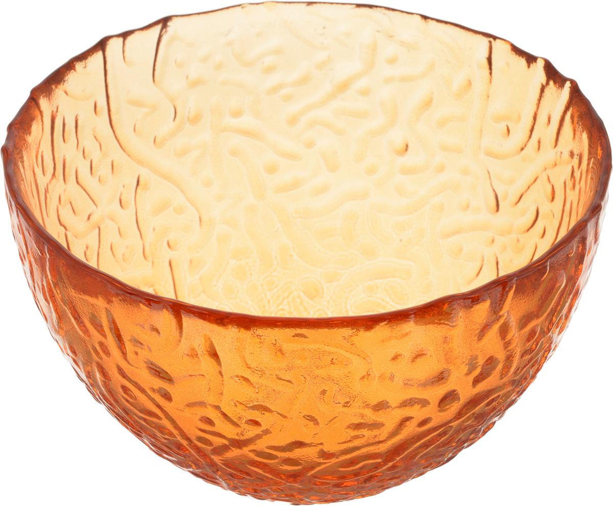 Салатник NiNaGlass Ажур, цвет: оранжевый, диаметр 12 см83-040-ф120 ОРЖСалатник NiNaGlass Ажур выполнен из высококачественного стекла и имеет рельефную внешнюю поверхность. Такой салатник украсит сервировку вашего стола и подчеркнет прекрасный вкус хозяйки, а также станет отличным подарком. Диаметр салатника (по верхнему краю): 12 см. Высота салатника: 7,5 см.