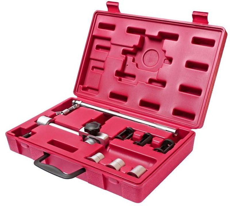 Рассухариватель клапанов JTC, универсальный, для 16 клапанных двигателей. JTC-JW0776JTC-JW0776Специальное приспособление для снятия и установки сухарей (фиксаторов клапанов) для демонтажа клапанов, замены маслосъемных колпачков, а также пружин клапана. Подходит для всех двигателей с центральным расположением свечей, например, для 16-клапанных моторов. Позволяет рассухарить и засухарить клапан без съема ГБЦ. Упаковка: прочный переносной кейс. Габаритные размеры: 360/230/85 мм. (Д/Ш/В) Вес: 2661 гр.