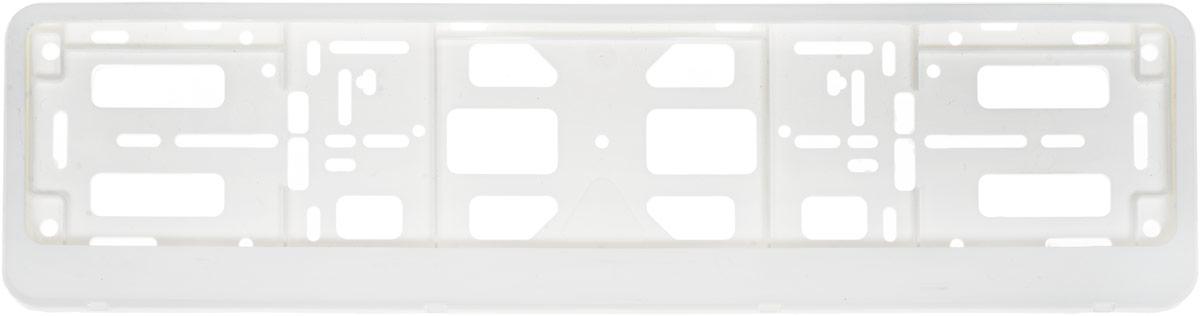 Рамка номерного знака Триада Classic, с защелкой книжка, цвет: белый03578Рамка номерного знака Триада Classic изготовлена из высокопрочного пластика. Рамка имеет универсальное крепление и защелку типа книжка. Крепление позволяет устанавливать рамку на любых автомобилях, включая американские и японские.