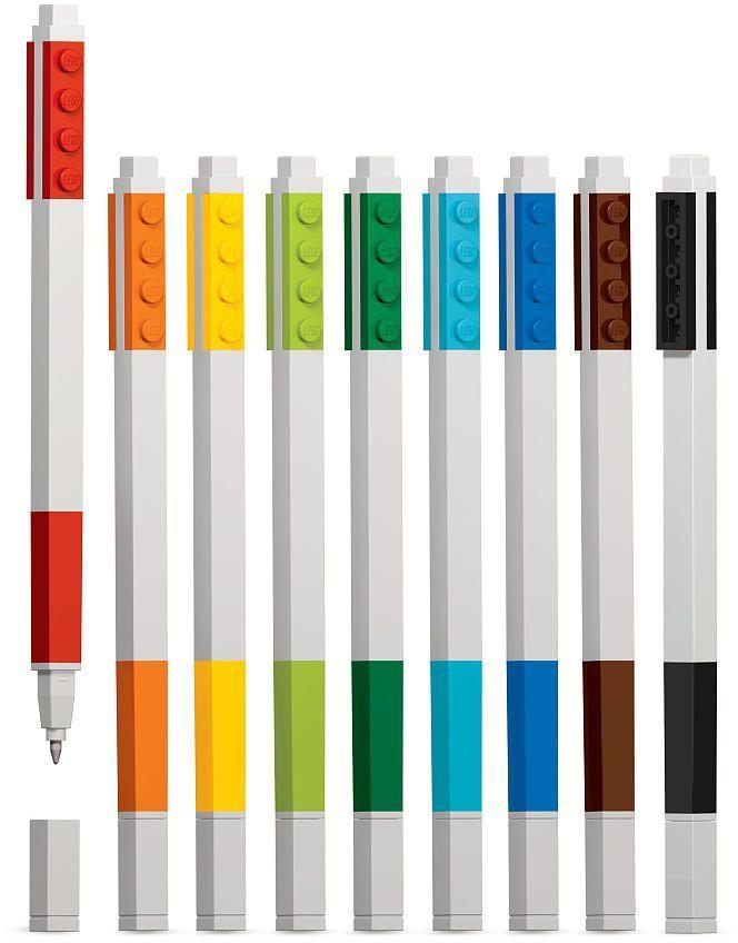 LEGO Набор гелевых ручек 9 шт 5148251482Набор гелевых ручек из уникальной коллекции канцелярских принадлежностей LEGO состоит из 9-ти ручек (цвета чернил: красный, оранжевый, желтый, салатовый, зеленый, голубой, синий, коричневый, чёрный). Ручка имеет пластиковый корпус с резиновой манжеткой, которая снижает напряжение руки. Ручка обеспечивает легкое и мягкое письмо, чернила быстро высыхают, не размазываются.