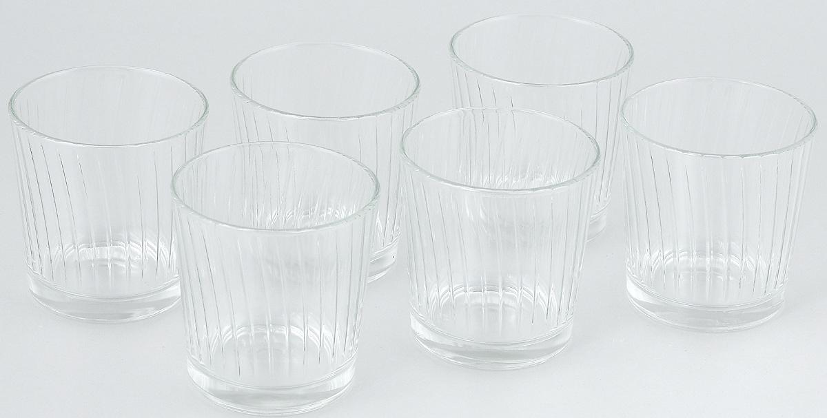 Набор стаканов ОСЗ Тропик, 250 мл, 6 шт05с1265 УНабор ОСЗ Тропик состоит из шести низких стаканов, выполненных из прочного натрий-кальций-силикатного стекла. Изделия выполнены в классическом дизайне. Внутренние стенки дополнены рельефом. Такой набор прекрасно подойдет для воды, сока, молока, лимонада и других напитков. Он дополнит кухонный интерьер и станет практичным приобретением. Диаметр стакана (по верхнему краю): 8 см. Высота стакана: 8 см.