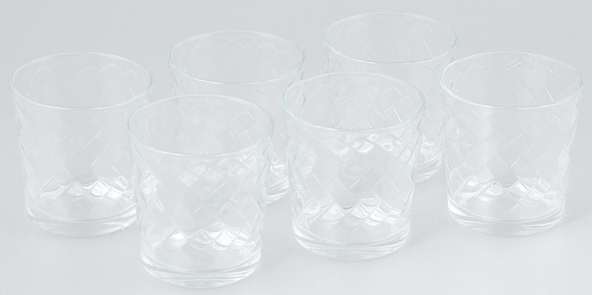 Набор стаканов ОСЗ Этюд, 250 мл, 6 шт05с1243 УНабор ОСЗ Этюд состоит из шести низких стаканов, выполненных из прочного натрий-кальций-силикатного стекла. Изделия выполнены в классическом дизайне. Внутренние стенки дополнены оригинальным рельефом. Такой набор прекрасно подойдет для воды, сока, молока, лимонада и других напитков. Он дополнит кухонный интерьер и станет практичным приобретением. Диаметр стакана (по верхнему краю): 8 см. Высота стакана: 8 см.