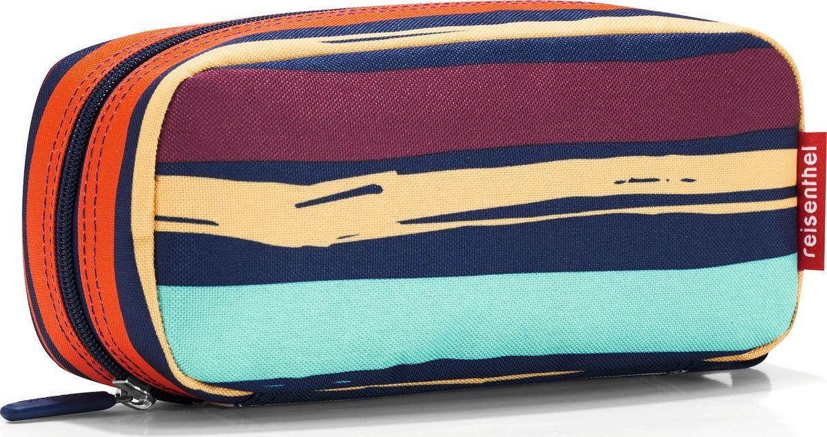 Косметичка женская Reisenthel Multicase Artist Stripes, цвет: темно-синий, оранжевый. WJ3058WJ3058Удобная и вместительная косметичка, которую можно использовать как пенал. Застегивается на молнию. Два внутренних кармана и один плоский, также застегивается на молнию. Внутренний объем - 1,5 литра.
