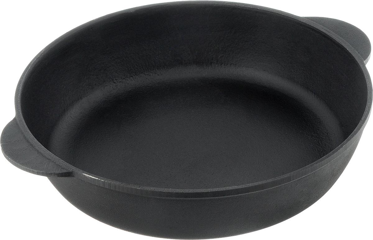Сковорода чугунная Берлика. Диаметр 26 смБР2660_ручки 2Сковорода Берлика, изготовленная из натурального экологически безопасного чугуна. Чугун является одним из лучших материалов для производства посуды. Его можно нагревать до высоких температур. Он очень практичный, не выделяет токсичных веществ, обладает высокой теплоемкостью и способен служить долгие годы. Такая сковорода замечательно подойдет для приготовления жаренных и тушеных блюд, а также прекрасно подходит для приготовления как стейков, так и овощей, при этом результат всегда просто потрясающий. Вы всегда будете готовить самую вкусную и полезную для здоровья пищу. Подходит для всех типов плит, включая индукционные. Нельзя мыть в посудомоечной машине. Диаметр: 26 см. Высота стенки: 6 см.
