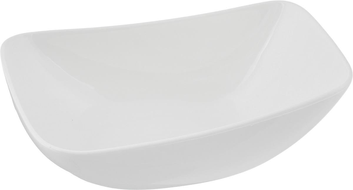 Салатник Ariane Rectangle, 630 млAVRARN22019Оригинальный салатник Ariane Rectangle, изготовленный из высококачественного фарфора, имеет оригинальную форму и приподнятый край. Такой салатник украсит сервировку вашего стола и подчеркнет прекрасный вкус хозяина, а также станет отличным подарком. Можно мыть в посудомоечной машине и использовать в микроволновой печи. Размер салатника (по верхнему краю): 19,5 х 13,5 см. Максимальная высота салатника: 7,5 см.