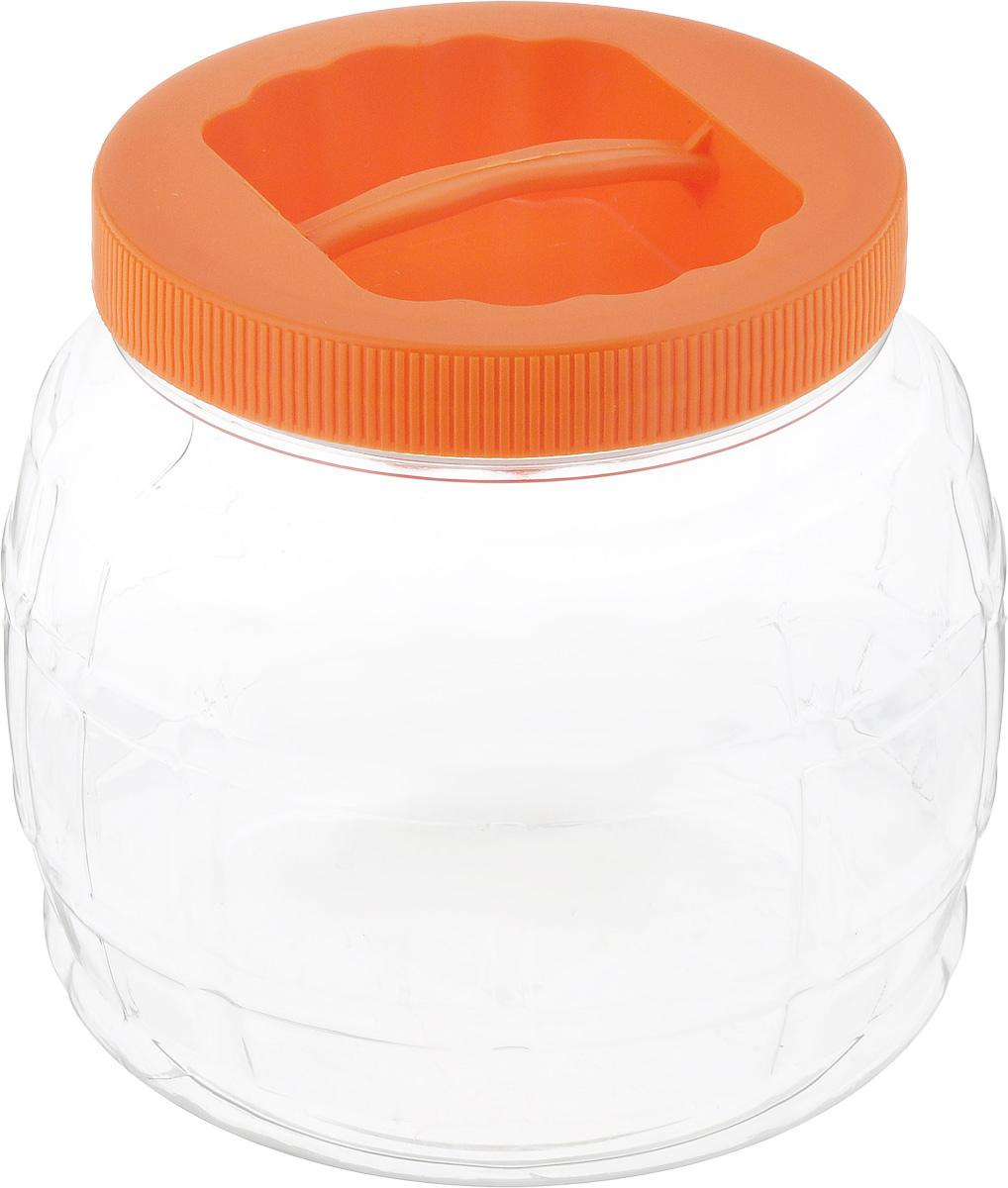 Банка Альтернатива Бочонок, цвет: оранжевый, прозрачный, 1,5 лМ952_оранжевый,прозрачныйБанка Альтернатива Бочонок, выполненная из высококачественного пластика, предназначена для хранения сыпучих продуктов или жидкостей. Крышка оснащена ручкой для удобной переноски. Высота банки (с учетом крышки): 13 см. Диаметр (по верхнему краю): 10,5 см.