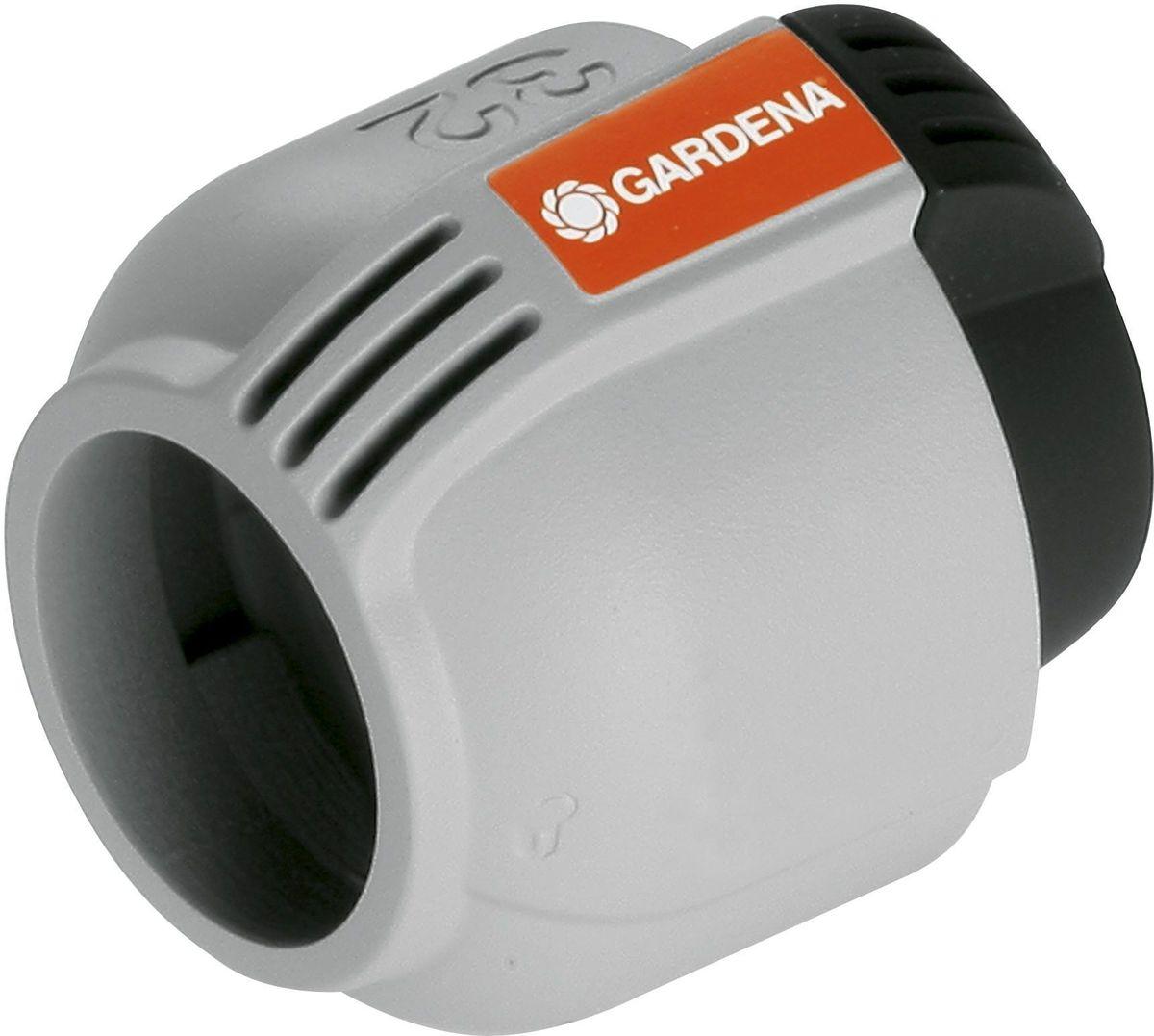Заглушка Gardena, 32 мм. 02779-20.000.0002779-20.000.00Заглушка GARDENA 32 мм, входящая в систему дождевания GARDENA Sprinklersystem, предназначена для безопасного замыкания подающего шланга. Благодаря запатентованной технологии простого соединения Quick & Easy (Быстро и просто) соединение/разъединение труб осуществляется без инструментов, простым поворотом резьбового фитинга на 140°.