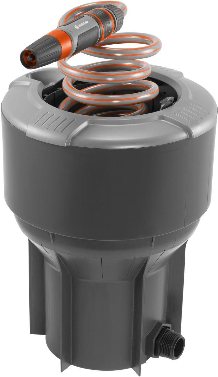 Колонка со спиральным шлангом Gardena, 10 м. 08253-20.000.0008253-20.000.00Высокая функциональность: колонка со спиральным шлангом GARDENA позволяет получать воду из-под земли так же, как мы получаем электричество из сети. Идеальный комплект, включающий в себя спиральный шланг длиной 10 м и наконечник для полива Classic. При необходимости выполнить полив или очистку шланг просто достается из колонки, а по окончании работ возвращается обратно. Благодаря такой высокофункциональной и практичной колонке Ваш сад всегда будет чистым и аккуратным. К колонке, установленной под землю, вода поступает через магистральный шланг GARDENA. Наличие крышки гарантирует надежность и ухоженный вид Вашего сада, когда колонка не используется. При открытии такая выдвижная сферическая крышка скрывается внутри колонки, обеспечивая возможность ухаживать за газоном, не встречая при этом никаких препятствий. Колонка снабжена коннектором с автостопом, который предотвращает разлив воды при замене наконечника для полива Classic, например, на пистолет-распылитель или распылитель на штанге....