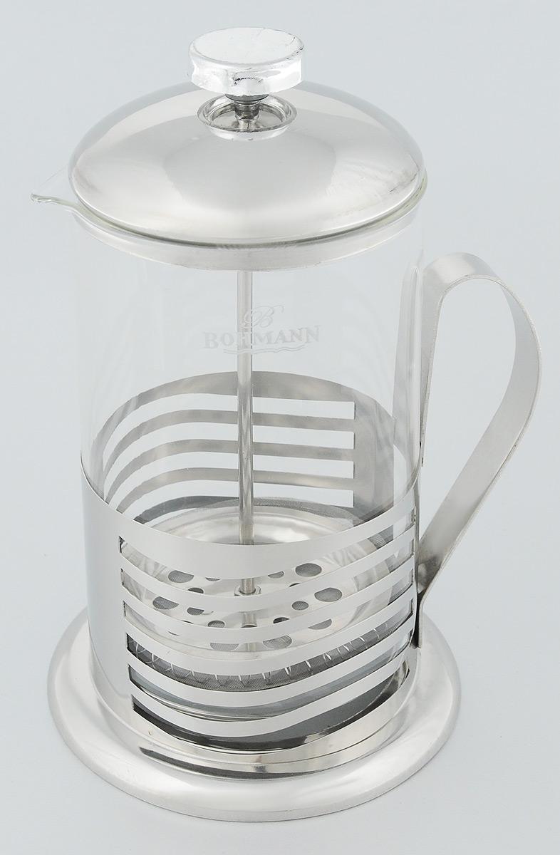 Френч-пресс Bohmann Волны, 800 мл9580BH_волныФренч-пресс Bohmann Волны станет прекрасным выбором для повседневного использования, встречи гостей или небольших вечеринок. Колба, изготовленная их закаленного стекла, сохранит свежесть и аромат напитка. А конструкция френч-пресса встроенного в крышку, прекрасно отфильтрует чай и кофе от заварочной гущи. Удобная ручка обеспечит надежную фиксацию в руке. Утолщенный ободок колбы повышает прочность и продлевает срок службы изделия. Насыпьте чай или кофе в стеклянную колбу, добавьте горячей воды и закройте стакан пресс-фильтром. Подождите 3-5 минут, затем медленно опустите пресс-фильтр до упора. Приятного чаепития! Френч-пресс Bohmann Волны позволит быстро и просто приготовить чай или свежий и ароматный кофе. Объем: 800 мл. Диаметр (по верхнему краю): 9,5 см. Высота стенки: 17 см.