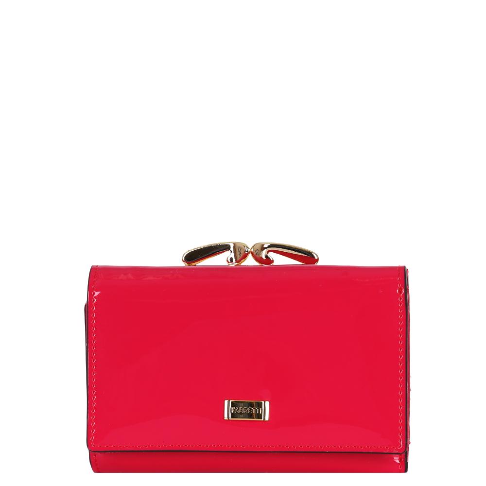 Кошелек женский Fabretti, цвет: красный. 5050450504-red LЯркий женский кошелек от итальянского бренда Fabretti выполнен из натуральной лакированной кожи, которая имеет невероятно гладкую фактуру. Сочный и насыщенный малиновый цвет и фурнитура в золотом оттенке превращают модель в невероятно изящный и модный аксессуар. Внутри находится три вместительных отделения для купюр, а также 7 карманов для кредитных и дисконтных карточек. В этом изделии вы с легкостью сможете носить свою самую любимую фотографию. На тыльной стороне аксессуара дизайнеры разместили вместительный карман для мелочи с элегантным рамочным замком. Кошелек закрывается на прочную заклепку.